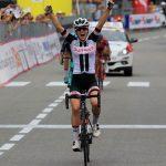Giro d'Italia donne: doppio colpo Winder a Omegna, 5° tappa e maglia rosa