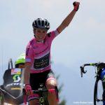 Giro d'Italia donne: Van Vleuten conquista lo Zoncolan e ipoteca la maglia rosa
