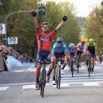 Ciclismo, GP Beghelli: sprint di Colbrelli