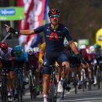 Ciclismo, Tour of the Alps: Gianni Moscon si regala tappa e maglia