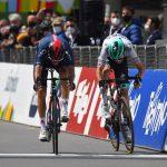Ciclismo, Tour of the Alps: bis di Moscon a Naturno. Yates ancora leader